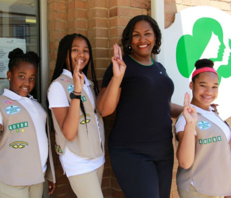 Natasha Hemmings with Girl Scouts